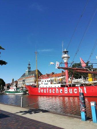 Ostfriesisches Landesmuseum Emden: Auf diesen Schiff kann man gut Bürgerlich essen ,