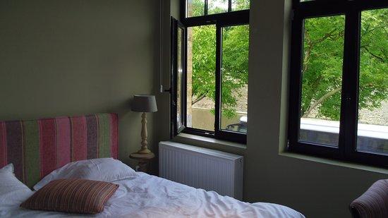 Menin Gate House: Bedroom 2