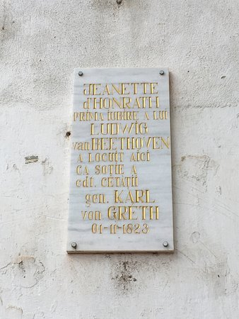 Libertatii Square: Plaque for Jeanette d'HONRATH