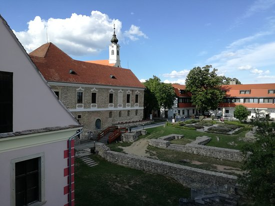 Pecsvarad Photo