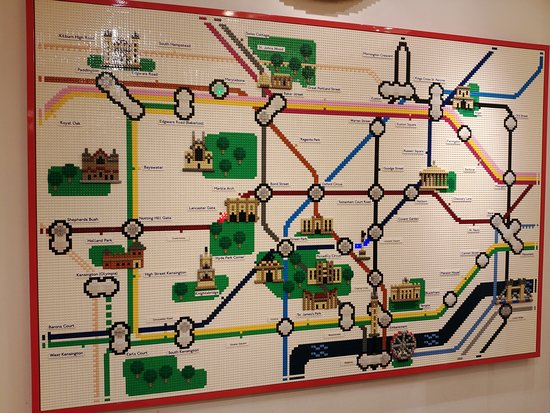 Lego Shop: carte du métro londonien en légo