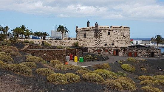 Museo Internacional de Arte Contemporaneo Castillo de San Jose