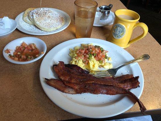 Woodmere, OH: Amazing bfast