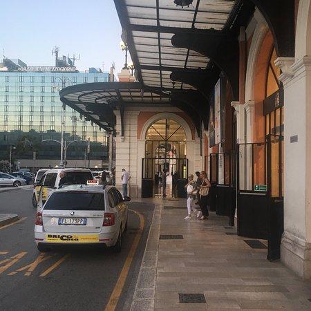 Stazione Bari Centrale: Stazione Bari Centrale