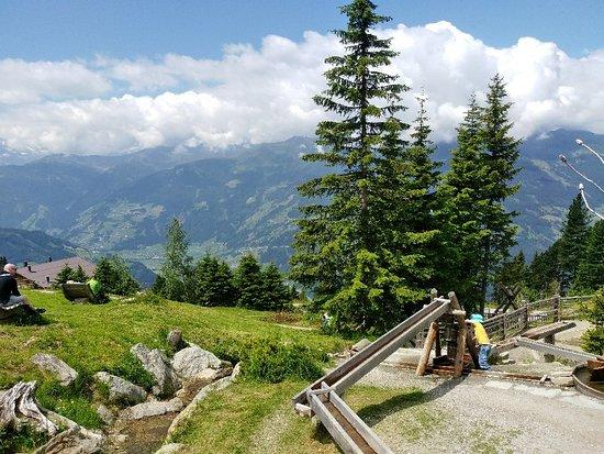 alpina zillertal - family . lifestyle . kinderhotel – fénykép