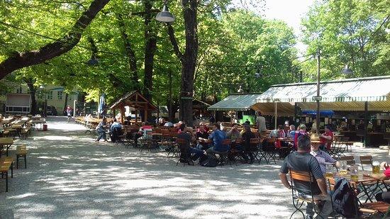Augustiner-Keller: Augustiner Beer Garten