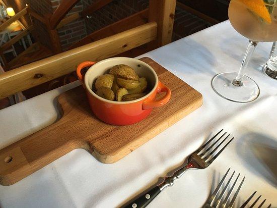 Teterow, Jerman: Rosmarin Kartoffeln - Beilage zum Steak