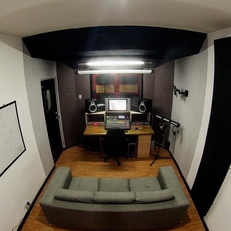 The Hall of Rock: Estudio de grabacion Vista 2