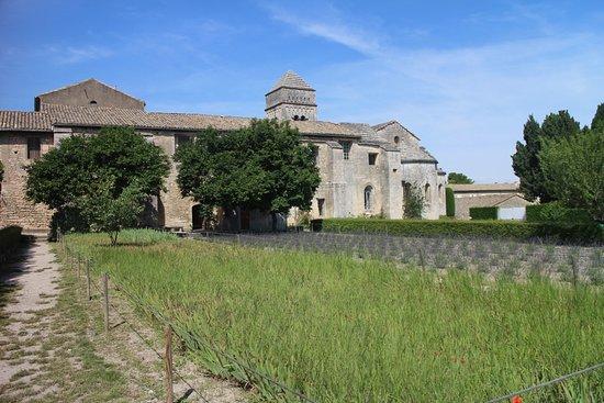 Be A Guest: Saint Paul de Mausole Monastery (where Van Gogh was treated for mental illness)