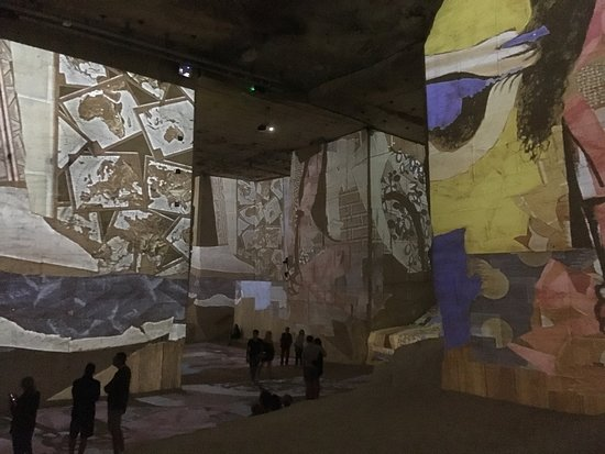 Be A Guest: Carrières de Lumières - an incredible projection show