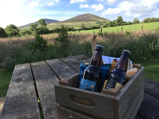 Llwyndyrys, UK: Hamper provided