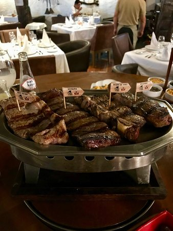 D'Tinto & Bife: Meat, meat, meat!