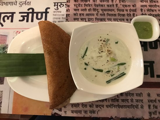 The Chikoo Tree Project: Dosa with stew