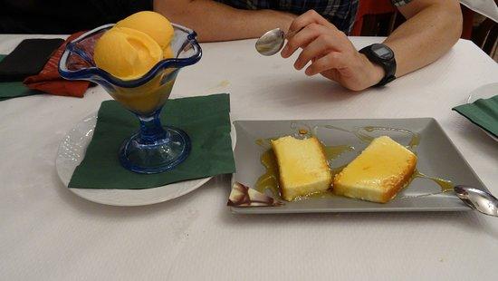 Meson Rias Baixas: sorbete de zanahoria y cítricos, y púding de queso menorquín