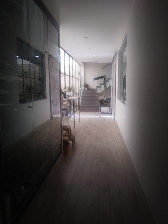 Casa Miguela: Acceso a patio exterior y terraza superior