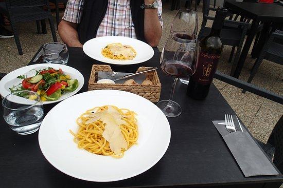 Ristorante Fabiano: Salad and pasta - uncomplicated evening dishes