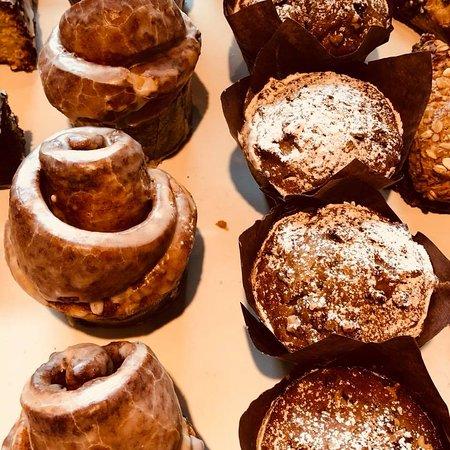 Sugar Bakery & Coffeehouse: Cinnamon Brioche