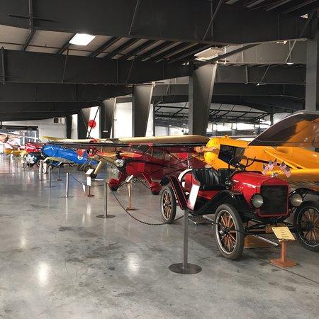 Фотография Western Antique Aeroplane & Automobile Museum
