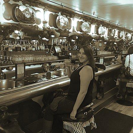 Million Dollar Cowboy Bar: photo0.jpg