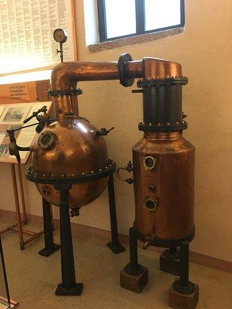 Ponte degli Alpini: Distillerie