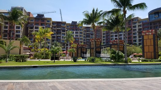 Villa del Palmar Cancun Luxury Beach Resort & Spa: adult only pool