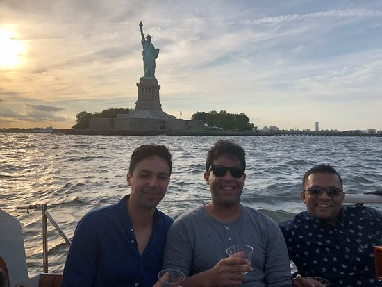 Tribeca Sailing: In front of the Statue of Liberty
