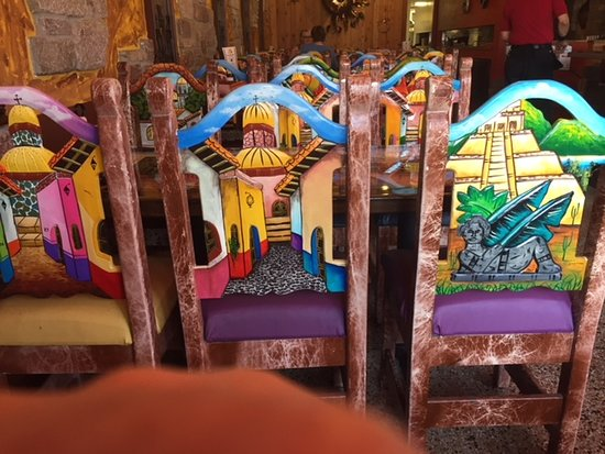 Palenque mexican grill & bar: Cool Chairs
