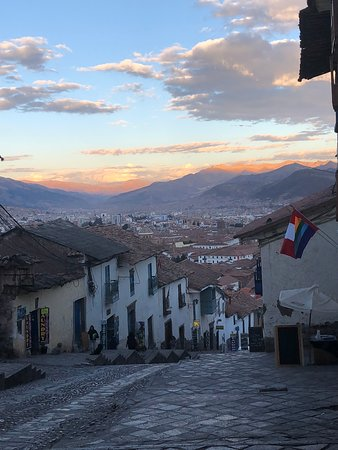 Hilton Garden Inn Cusco: the road from hotel to the city centre