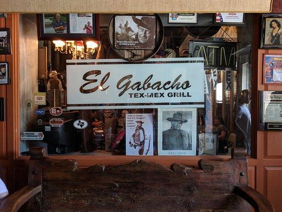 El Gabacho Tex-Mex Grill: Main Entrance to Restaurant