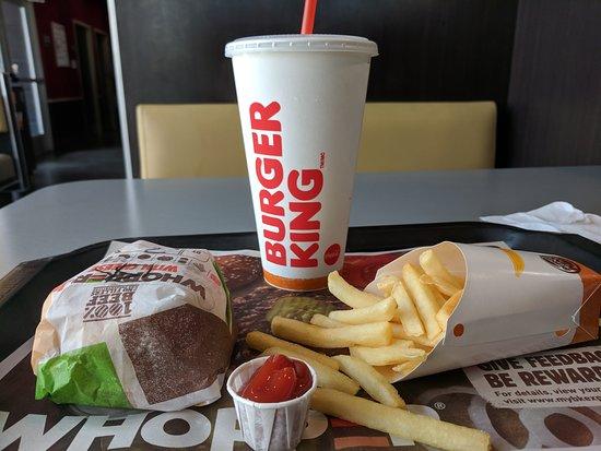 Alvarado, TX: Hamburger, Fries and a Drink