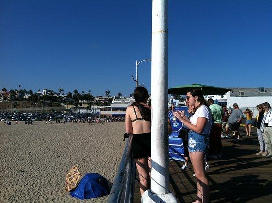 Santa Monica Pier: Light pole