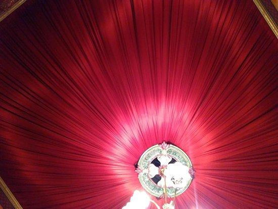 Fine Friends Cafe: Fabric ceiling.