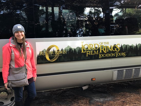 Wellington's Full Day Lord of the Rings Locations Tour including Lunch: Traveling in style
