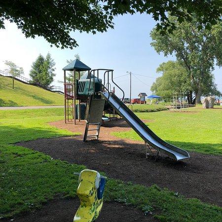 Conneaut Township Park: Conneaut Township Park