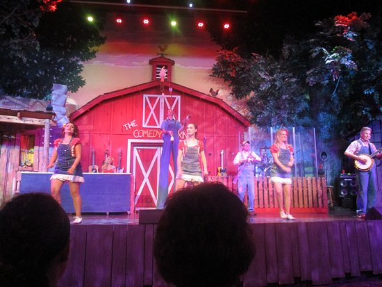 The Comedy Barn: Musical number