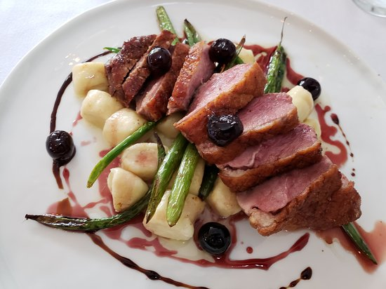De La Terre: Crispy duck breast