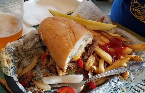 Victoria, MN: Philly at Floyds