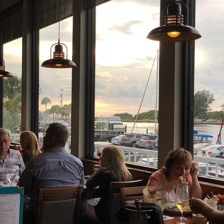 Crow's Nest Restaurant & Marina: photo1.jpg