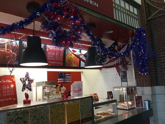 Myra's Popcorn Kitchen: Celebrating the Red, White & Blue!