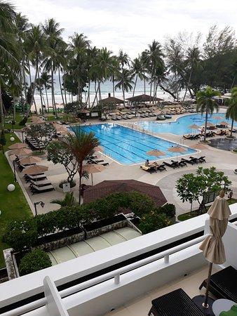 Le Meridien Phuket Beach Resort: pool view from room