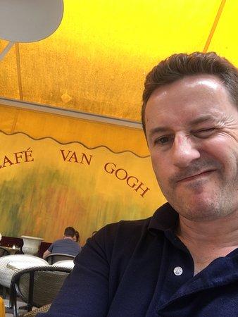 Le Cafe La Nuit: Good times
