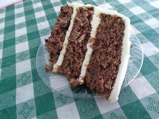 Dean's Southern Bistro: Hummingbird cake.
