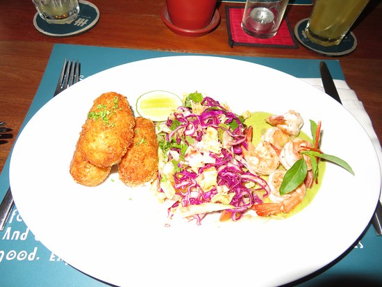 Haven: Prawn curry with coleslaw and potato croquette