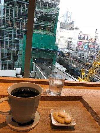 Chatei Zenkashoin Shibuya Hikarie ShinQs: 窓からの眺めは。。都会ですから・・・・