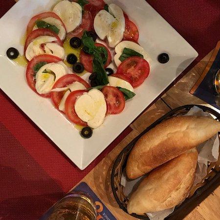 Cafe de Paris: photo1.jpg