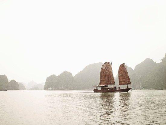 Dong Du Village: jonque de l'indochine