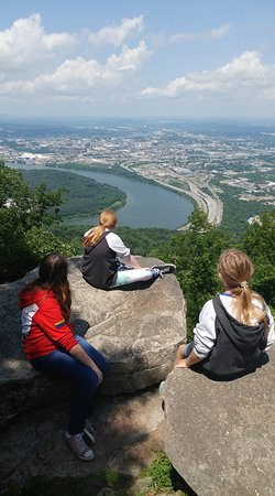 Lookout Mountain: an amazing view of chattanooga & Tennessee River