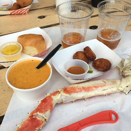 Tracy's King Crab Shack: The best crab I have ever had!