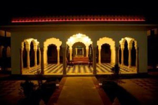 Hotel Surya Vilas Palace: Beautiful !!