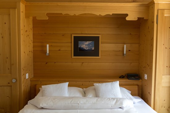 Hotel Le Beausite: Chambre côté sud avec vue sur le Cervin